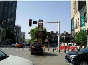 """武汉信号灯全部升级为""""总线控制信号灯""""中山"""